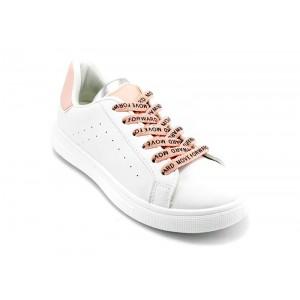 4308B Дамски кецове в бяло с розови връзки.